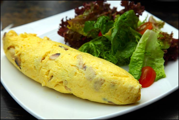 cheese-mushroom-omelette