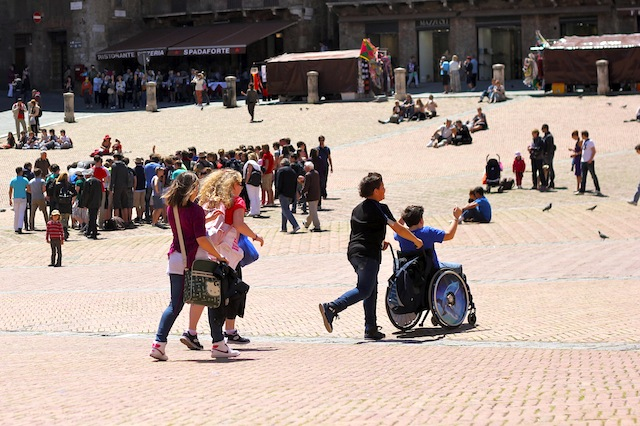 Wheeling around Piazza del Campo