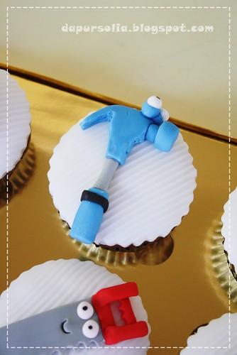 Handy Manny Cupcake