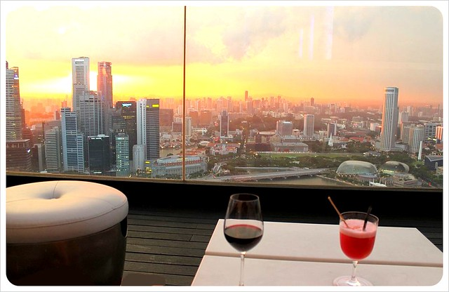 cocktails and sunset at marina bay sands