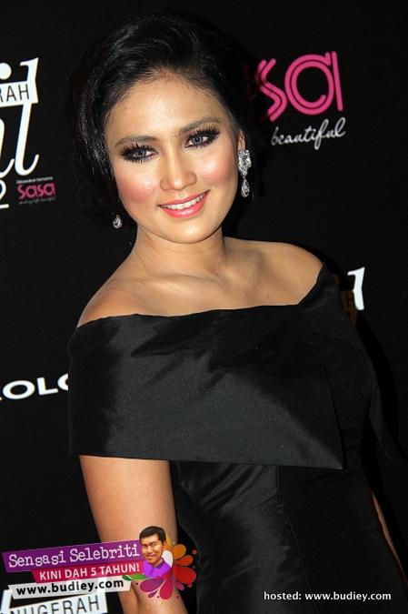 Fasha Sandha Anugerah EH