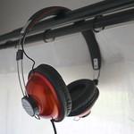 iFrogzのヘッドフォン「Throwbax(スローバックス)」を購入