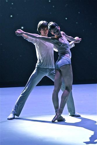 Anna Tihomirova and Artem Ovcharenko (Bolshoi Ballet)