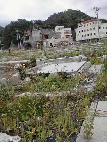 japan geotagged earthquake tsunami disaster 日本 岩手県 東北 touhoku iwateken 津波 携帯から 大槌 ootsuchi geo:lat=3935845800655627 geo:lon=14190447807312012