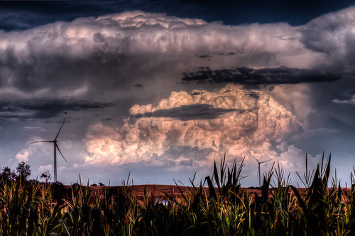 Clouds & Windmills (HDR)