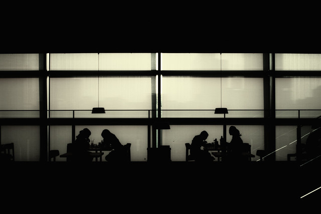 20120809_01_Monochrome Cafe