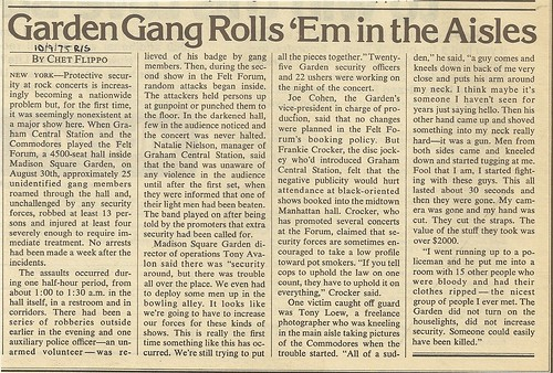 10/09/75 Rolling Stone Magazine (Violence at Madison Square Garden)