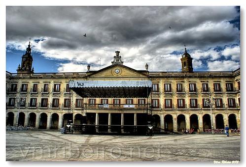 Ayuntamiento de Vitoria-Gasteiz by VRfoto