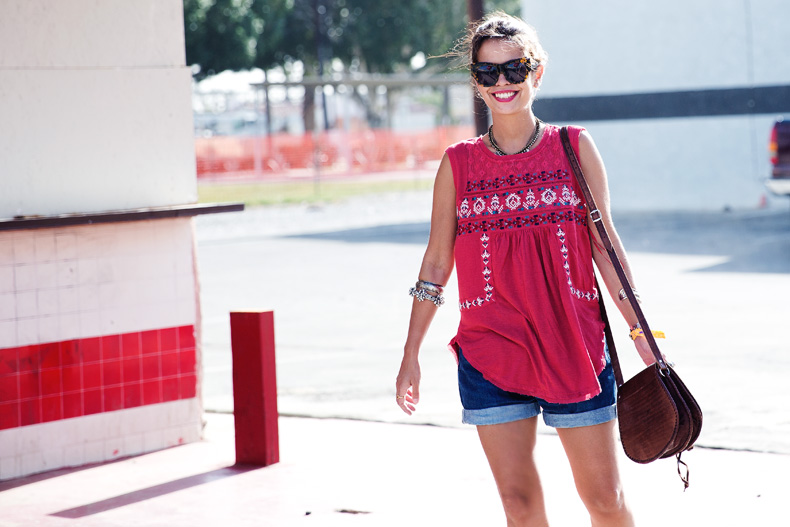 Coachella_2014-Urban_outfitters-Free_People-Outfit-Indio-Boho-Levis_Vintage-Collage-30