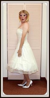 Kathy Leigh Strapless white party dress with petticoat crinoine