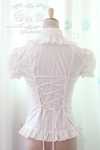 White_moon_white_lapel_short_puffy_sleeves_lolita_shirt_4