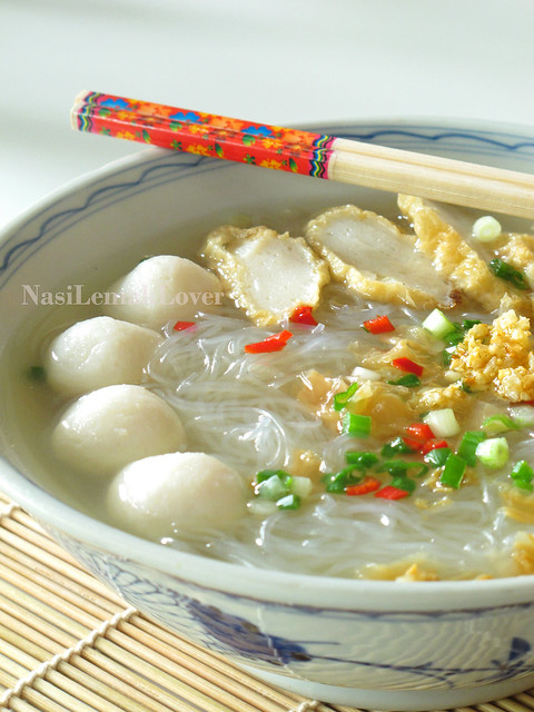Glass noodles soup 冬粉汤
