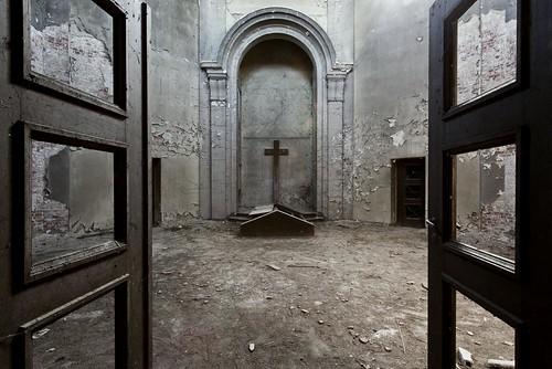 Das Krematorium (De)