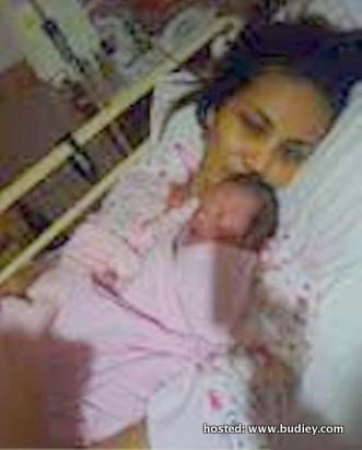 Norish Karman Melahirkan Anak