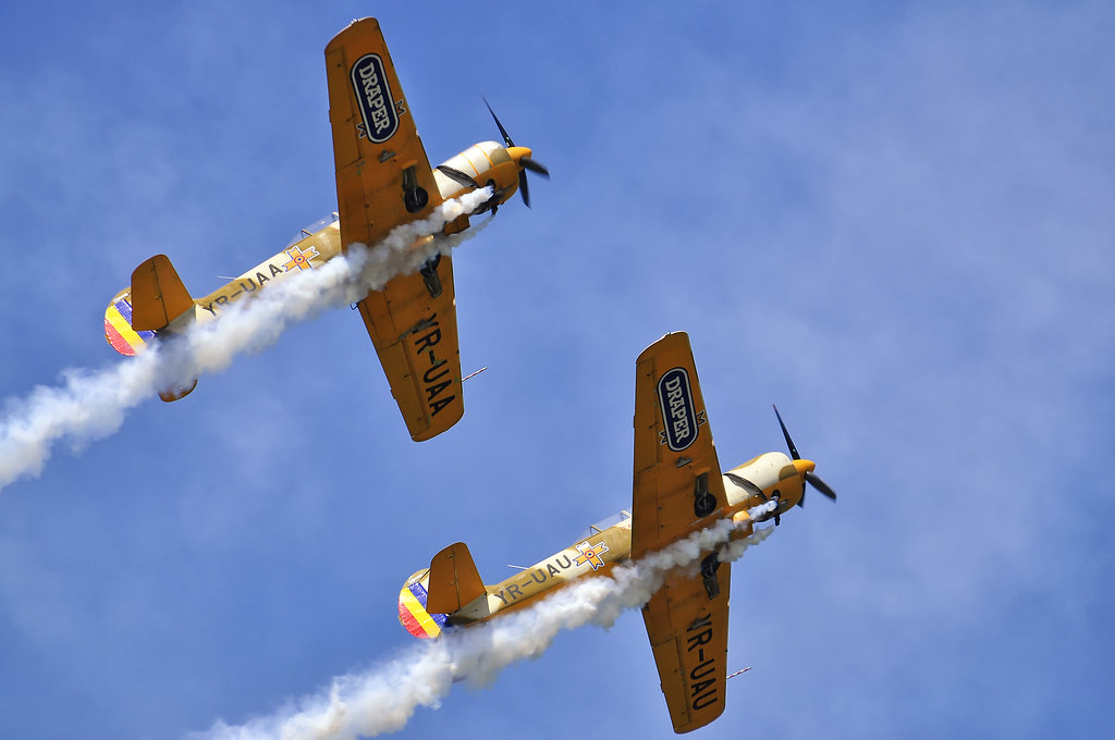 AeroNautic Show Surduc 2012 - Poze 7521280466_3f231ab195_b