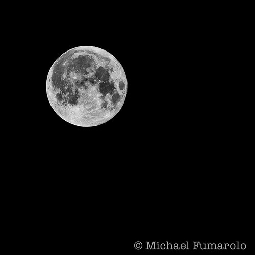 Supermoon 2012 - 03 - B&W