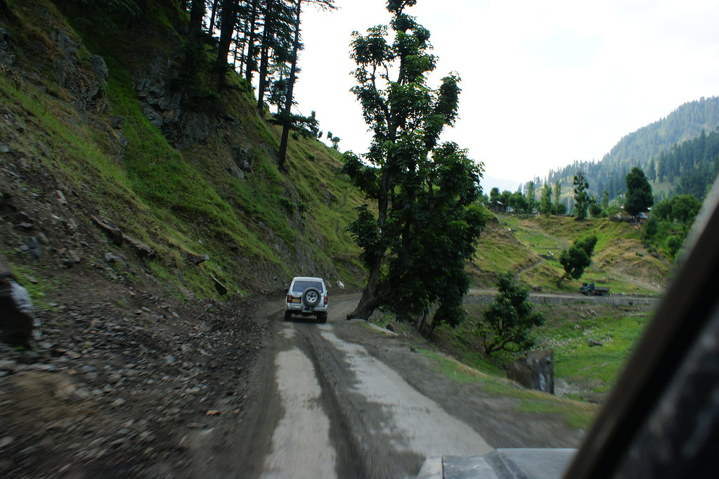 """MJC Summer 2012 Excursion to Neelum Valley with the great """"LIBRA"""" and Co - 7588306942 65a3329d3e b"""