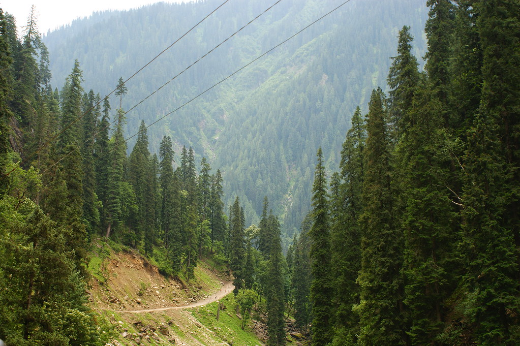 """MJC Summer 2012 Excursion to Neelum Valley with the great """"LIBRA"""" and Co - 7595262374 89492ee4ed b"""
