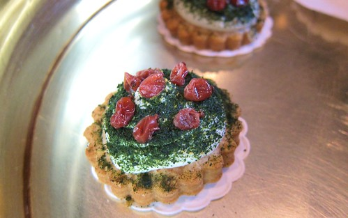 Frankfurt Cream Cookies with Berries and Herbs at Villa Merton in Frankfurt