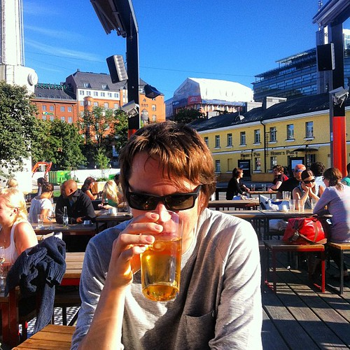 @kaeru enjoying the Finnish sun together with all the Finnish people