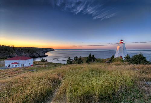 sunset lighthouse canada nikon newbrunswick hdr d800 swallowtaillighthouse grandmananisland
