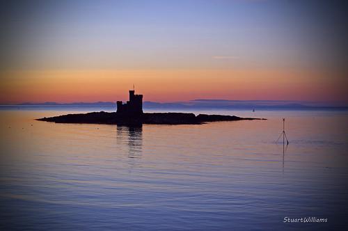 sea sunrise douglas isleofman rnli towerofrefuge