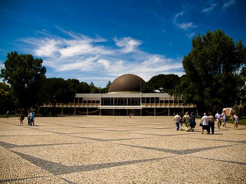 Planetario Calouste Gulbenkian by treboada