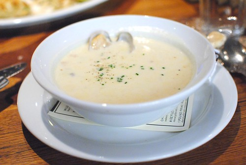 NEW ENGLAND CLAM CHOWDER manila clams, applewood smoked bacon