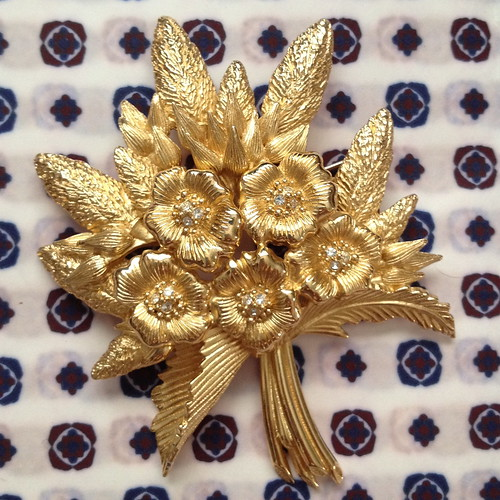 christian dior bouquet pin