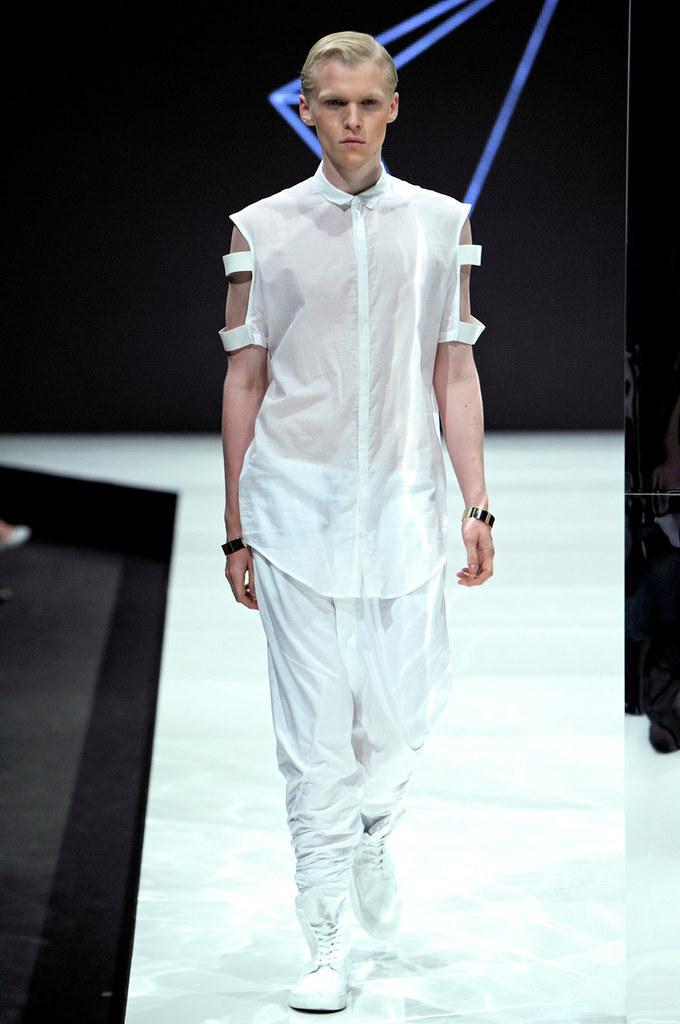 SS13 Copenhagen Odeur001_Wiktor Hansson(Copenhagen Fashion Week)