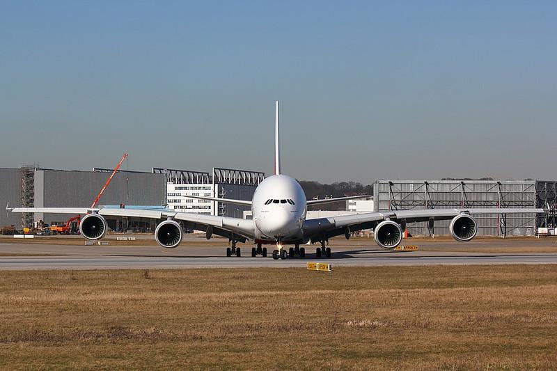 Emirates - A388 - F-WWAR (2)