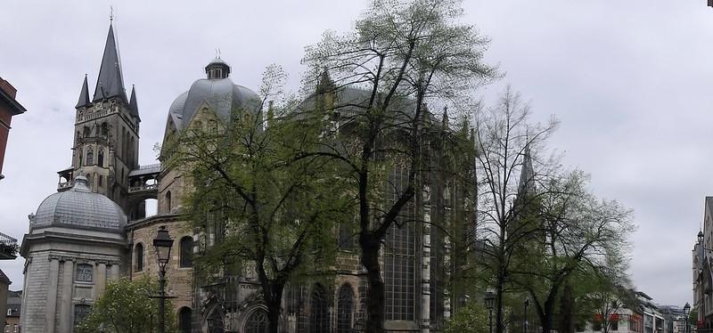P4035167 Pano Catedral de Aquisgran