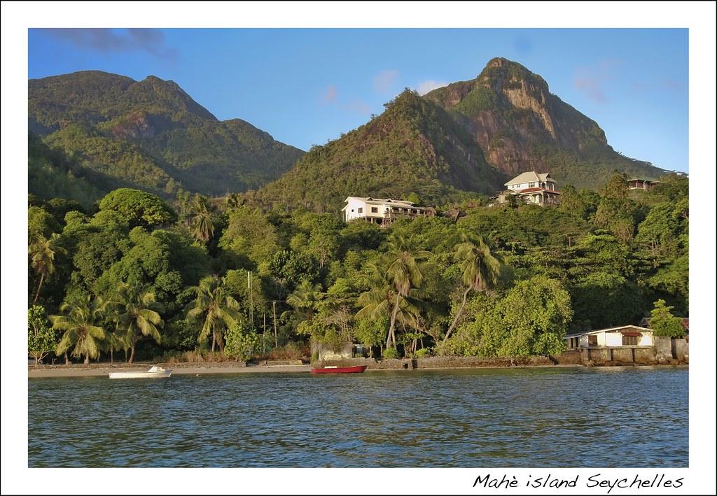 Anse l islette seychelles tripcarta for Villas de jardin mahe island