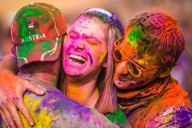 7070486795 07854f3198 z 15 Amazing Images Of The Festival of Colors