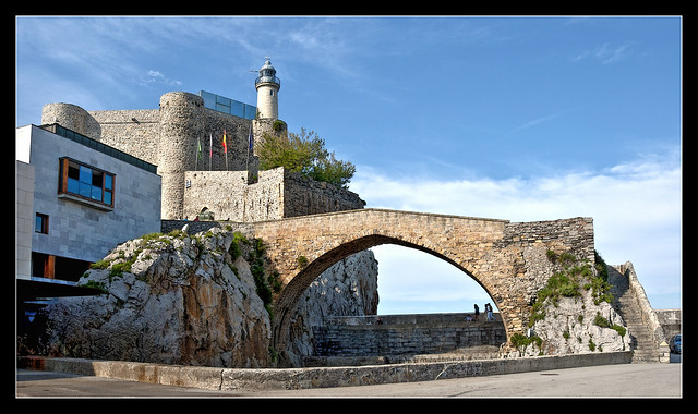 277- FARO  DE CASTRO URDIALES (Cantabria)-HDR