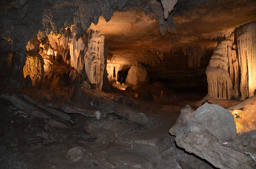 fantasticcaverns fantasticcavern springfieldmo springfieldmissouri greenecounty missouri showcave showcaves drivethrucave ridethrucave ridethroughcave drivethroughcave cave caves spelunking caving cccp formations formation tour tourism ozarks springfield midwest route66 missouri66 us66 touristattraction touristattractions