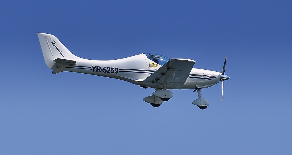 AeroNautic Show Surduc 2012 - Poze 7489937946_b4fd30e223_b