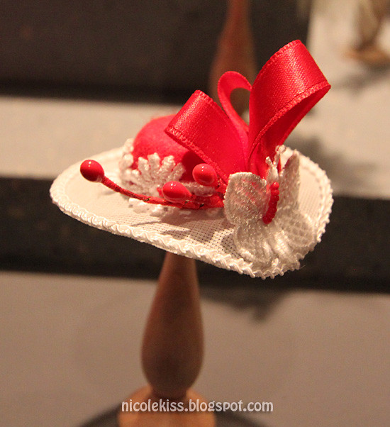 mini fancy hat