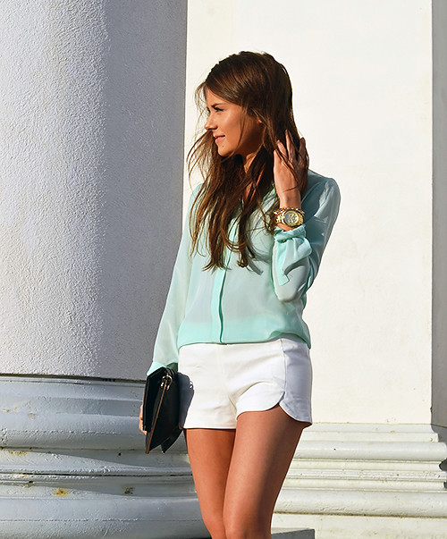What Color Goes With White Shorts - The Else