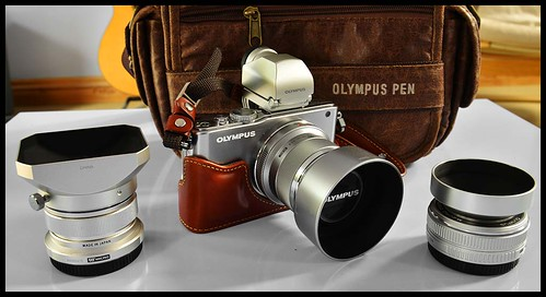 Olympus E-PL3 12mm, 45mm, 17mm lenses