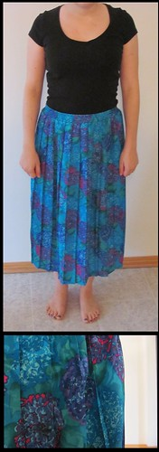 08 turquoise floral patterned maxi skirt closeup
