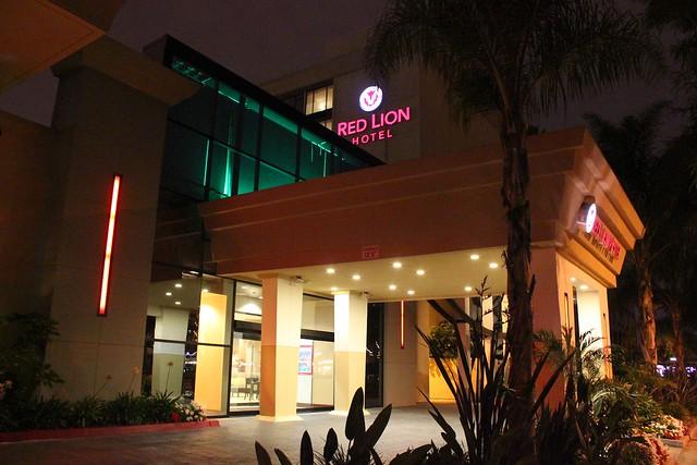 red lion hotel anaheim flickr photo sharing. Black Bedroom Furniture Sets. Home Design Ideas