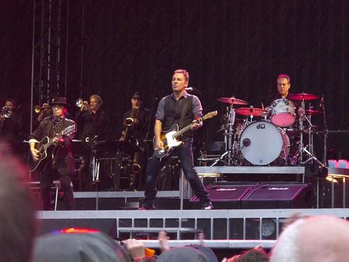 07 Bruce en Bergen 23 lluvia