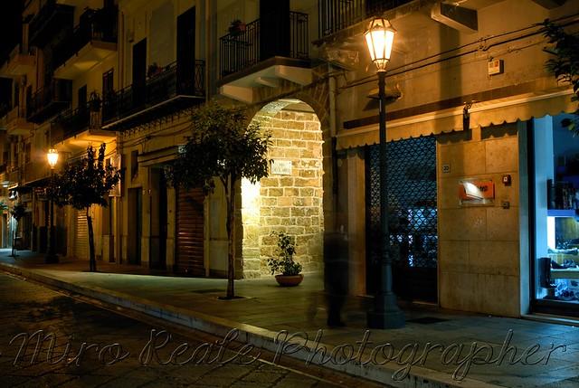 La Notte  (2)