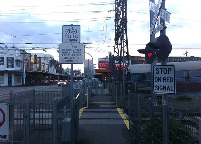 Level crossing rules and signage out of sync with reality