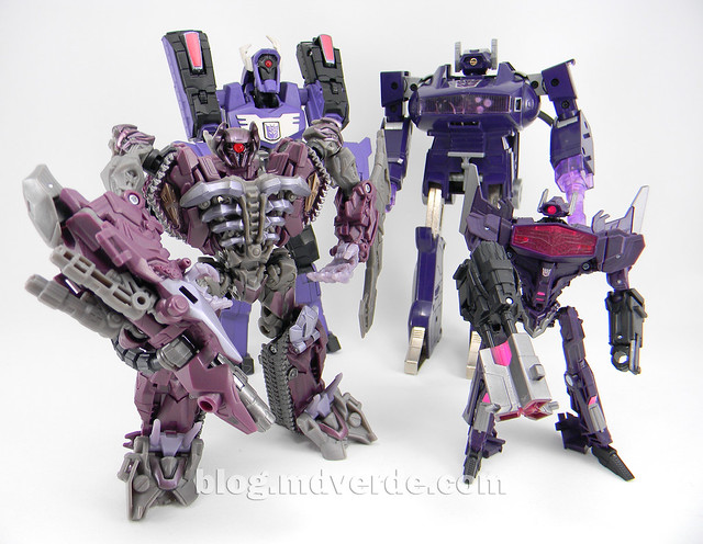 Transformers Shockwave Deluxe - Generations FoC - modo robot vs otros Shockwave