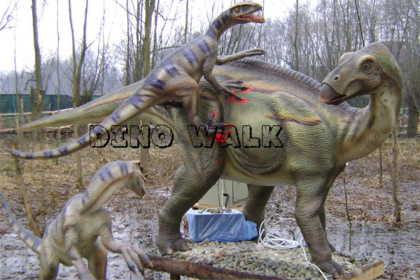 Animatronic Dinosaur Model in the outdoor