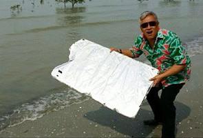 Chef Wan Persenda Penemuan Serpihan Pesawat MH370?