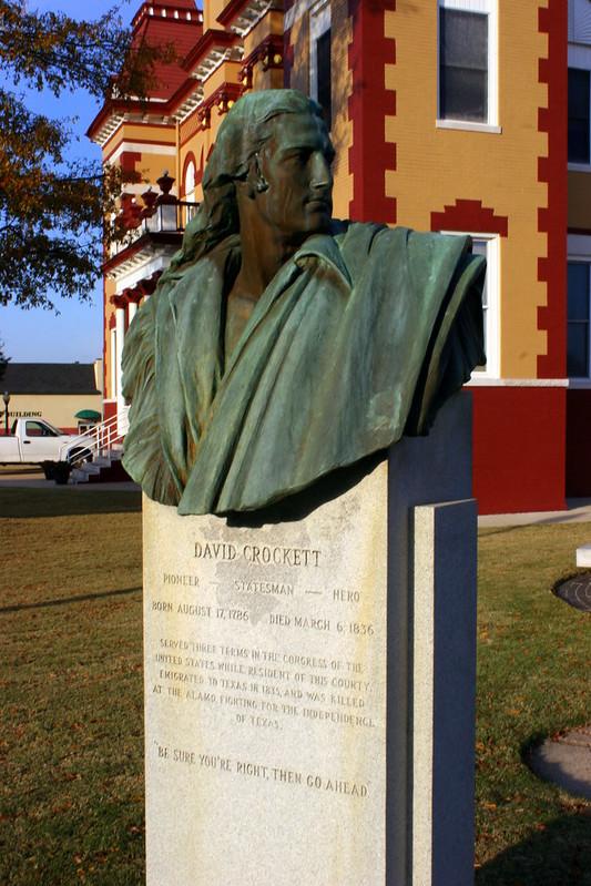 Davy Crockett Bust - Trenton, TN