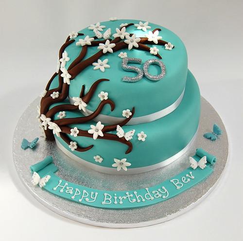Twotiered Flower Spray Cake Beautiful Birthday Cakes